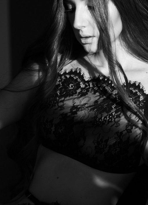 MARIA (25)