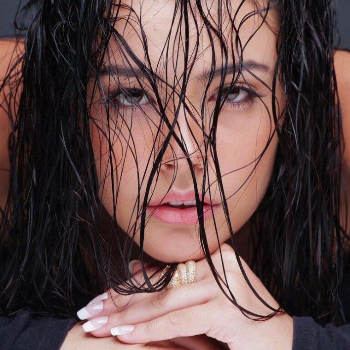 LORRANY - Janair Models (42)